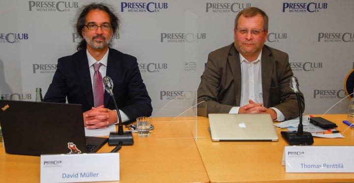 David Müller und Thomas Pentillä auf dem Podium des Pressegesprächs der IG-JMV im Presseclub München am 26.10.2020
